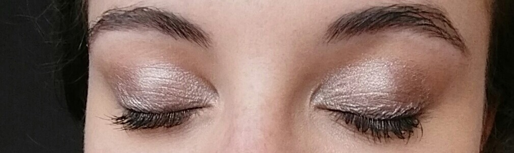 Make up naked 2 yeux fermés