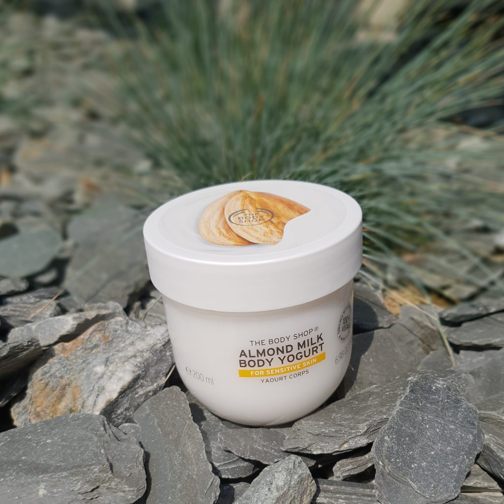 Body Yogurts de The Body Shop au lait d'amandes