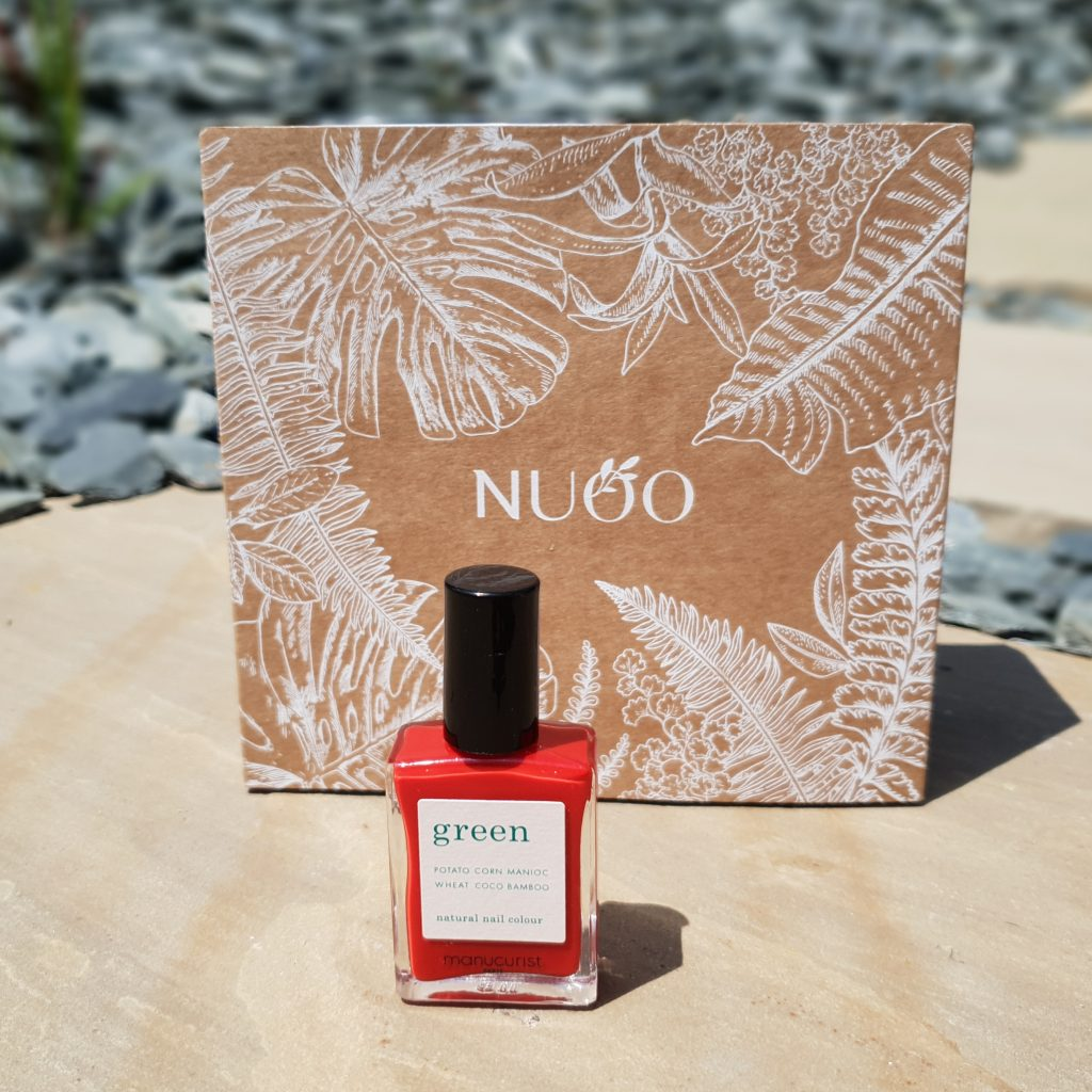 Aloha from Hawaï! [Nuoo Box – Juin 2018] MANUCURIST – Vernis green Poppy Red