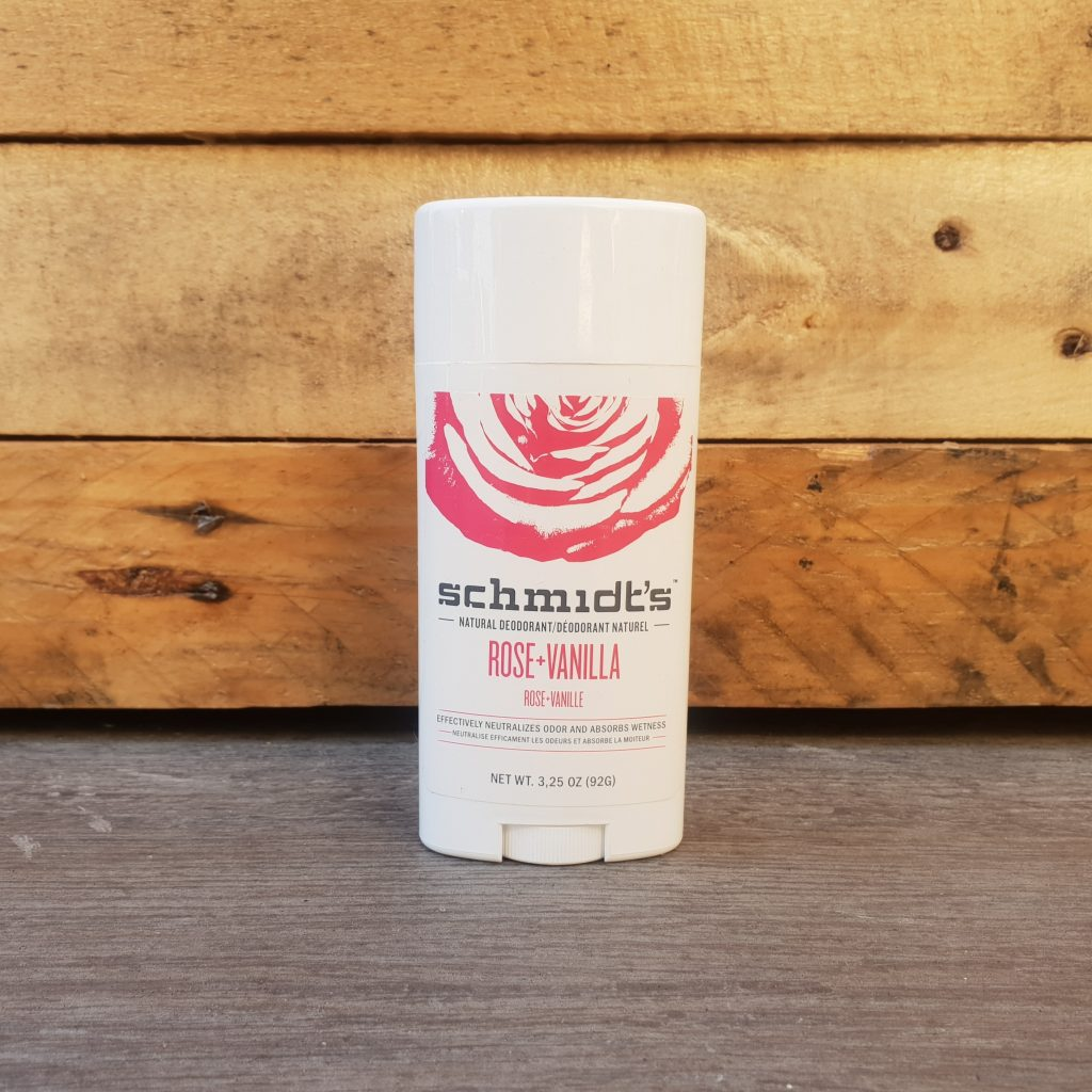 3 déodorants naturels au banc d'essai SCHMIDT'S – Déodorant stick Rose et Vanille