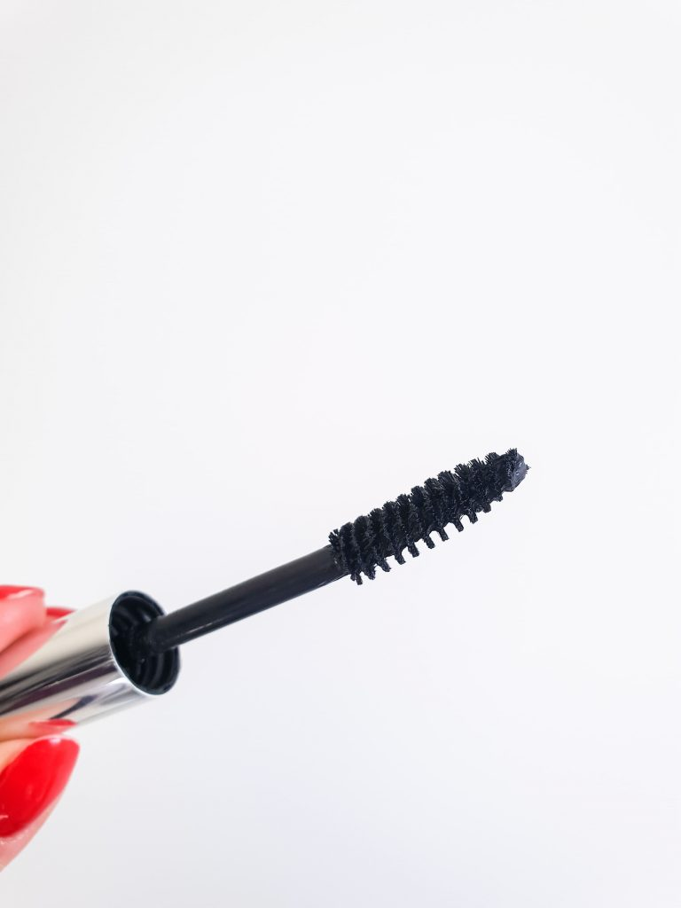 All in one Natural Mascarale meilleur mascara du monde par PHB Ethical BeautyBrosse